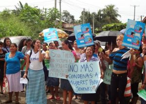 el-salvador-is-imprisoning-women-who-miscarry-article-body-image-1398551058